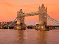 夕焼けのタワーブリッジ