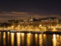 セーヌに映るアパルトマン(フランス)
