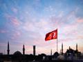 はためくトルコ国旗(トルコ)