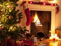 暖炉と赤い靴下